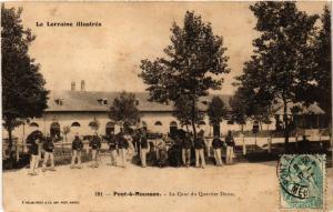 CPA Pont a Mousson - La Cour du Quartier Duroc (276856)