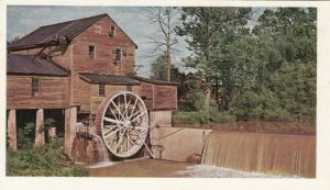 PIGEON FORGE, Tennessee, 1969; Old Mill, Completely water powered