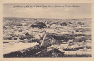 Break-up of the ice at Great Slave Lake , Mackenzie District , NWT , Canada ,...