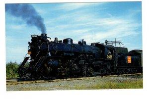 Canadian National Railway Train, Orillia, Ontario