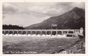RP: Bonnerville Dam, Oregon, 1950s; Main Spillway