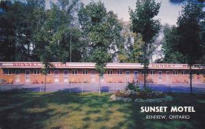 Sunset Motel, Renfrew, Ontario Canada, 1950-1960s