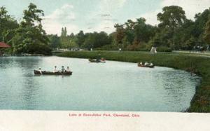 OH - Cleveland, Lake at Rockefeller Park