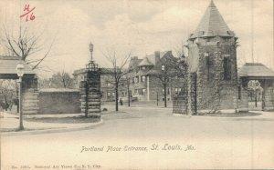 USA Portland Place Entrance St. Louis Missouri 04.77