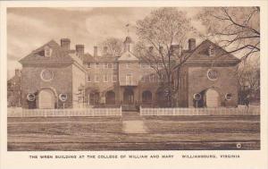 The Wren Building At The College Of William And Mary Williamburg Virginia