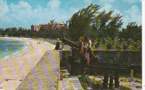 Bahamas Nassau Fort Montagu Beach