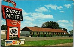 Burlington, Colorado Postcard SLOAN'S MOTEL Highway 24 Roadside c1960s Unused