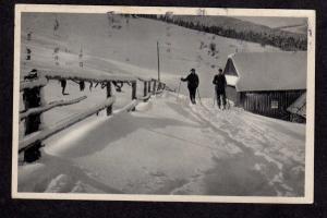 Czechoslovakia Vanocni novorocni pozdrav Postcard Ski Skiing Ceskoslovensko