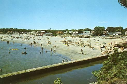 CT - South Lyme, View of Point O' Woods Beach