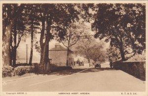 ARDEN , Warwickshire , England , 1910s ; Looking West