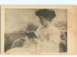 Divided-Back PRETTY WOMAN Risque Interest Postcard AA7973