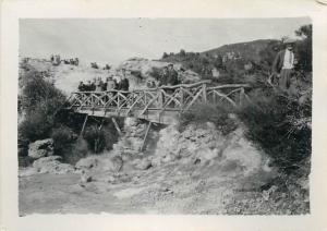 Real photo 6x9cm Whaka Bridge Rotoua New Zealand