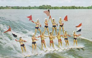 Water Skiers , Cypruss Gardens , Florida , 40-60s