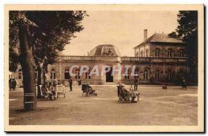 Neris les Bains - Grand Etablissement Thermal - Old Postcard