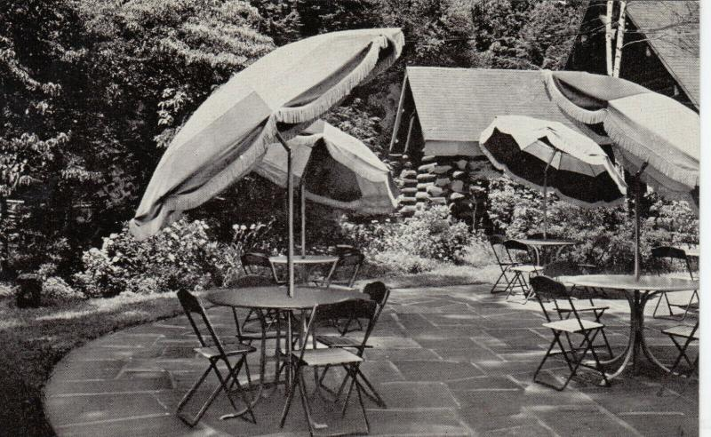 OSSINING , New York, 50-60s ; Kitchawan Tavern Dining Terrace