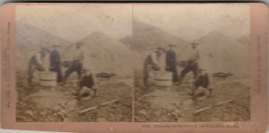 SV : KLONDYKE , Alaska , 1890s ; Panning out the Gold
