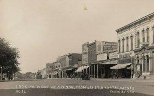 RP: HIAWATHA , Kansas , 00-10s ; West on Oregon Street