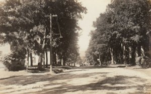 RP; BETHEL , Maine , 1910-20s ; North End of Main Street