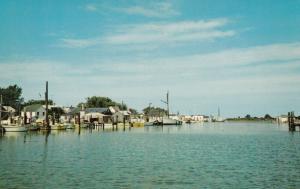 SMITH ISLAND, Maryland , 50-60s ;  The Harbor at Ewell