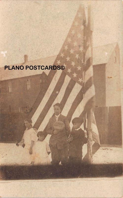 EARLY 1900'S KIDS SAYING PLEDGE OF ALLEGIANCE RPPC REAL PHOTO POSTCARD