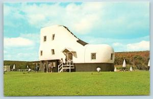 Postcard PA York The Shoe House Route 30 Lincoln Highway Roadside Attraction K01