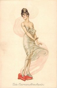 US3154 Die Herzensbrecherin Woman in Dress Postcard love artist signed
