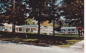 Exterior,  Lake Simcoe Motel,  Barrie,  Ontario,   Canada,  40-60s