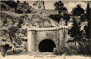 CPA POITIERS - Le Tunnel (365658)