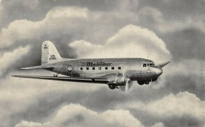 LP26  Aviation Airplane United Airlines Vintage Postcard Mainliner  Skylounge