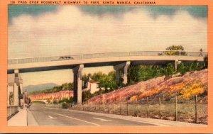 California Santa Monica Pass Over Roosevelt Highway To Pier