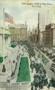 USA - Fifth Avenue North of 40th Street New York 01.84