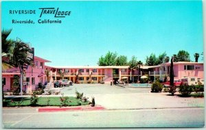 Riverside, California Postcard TRAVELODGE MOTEL Highway 60 Roadside Chrome c1950