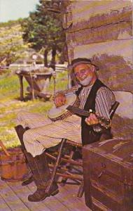 Kentucky Renfro Valley Old Joe Clark Playing Banjo 1973