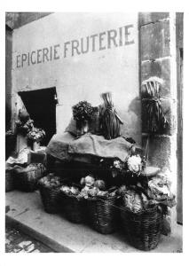 Postcard Grocery and Fruterie Fruit Shop Stall, Paris, France 1915 BW112