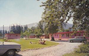 Lamplighter Motel , REVELSTOKE , B.C., Canada , 50-60s