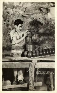 guatemala, ANTIGUA, Pottery Worker (1940s) Stein RPPC