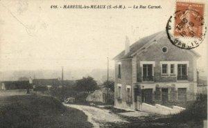 CPA MAREUIL - Les - MEAUX - La Rue Carnot (171041)