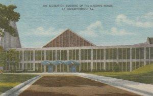 ELIZABETHTOWN, Pennsylvania, 30-40s; Recreation Building of the Masonic Homes