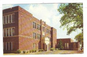 Exterior,Greensburg High School,Greensburg,Kansas,40-60s