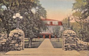 HARRISONBURG VA~MASSANETTA SPRINGS HOTEL~BOND MEMORIAL GATE-HANDCOLORED POSTCARD