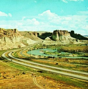 Vtg Chrome Postcard Green River Palisades Wyoming WY Highway 80 Unused UNP