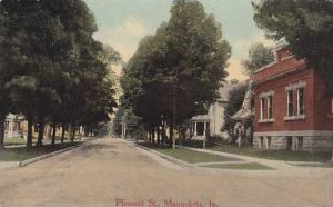 Pleasant St.,Maquoketa,  Iowa, 00-10s