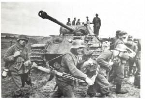 Postcard, WW2 Germans Make a big effort to crush the Invasion June 1944 Tank 37N