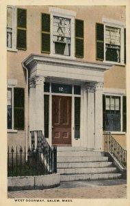SALEM , Massachusetts, 1900-10s; West Doorway
