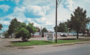 BROOKS, Alberta, Canada; Brookside Motel, 40-60s
