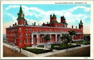 Brunswick, Georgia Postcard OGLETHORPE HOTEL Street View Curteich c1930s Unused