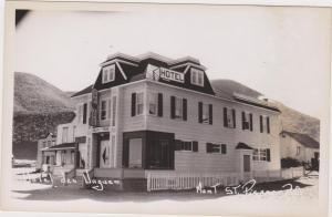 RP: Hotel des VAGUES , Mont St. Pierre , Quebec , Canada , 30-40s ; 1/2