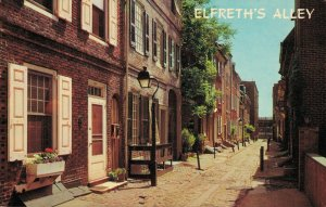 USA Pennsylvania Philadelphia Elfreth's Alley at 2nd Street above Arch 03.76