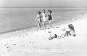 Mich. Pottawattamie Resort, Benton Harbor, fancy ladies, dames 1950 RP