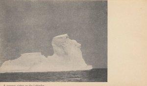 LABRADOR , Canada , 1900-10s ; Summer visitor Ice Berg